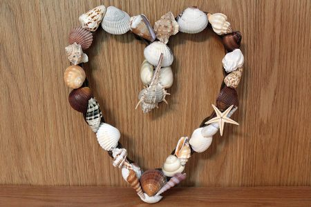Beach Decor: Wedding Gift, Anniversary Gift, Valentines Gift, Engagement Gift, Summer Wreath, Wedding Gift Wreath, Shell Wreath, Beach Decor Wreath