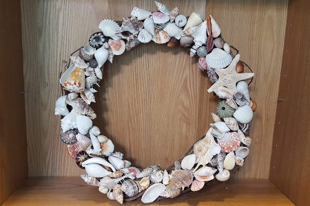 Beach Decor: Beach Wreath, Beach Decor Wreath, Summer Wreath, Shell Wreath, SeaShell Wreath, Handmade Shell Wreath, Beach Wedding Decor, Coastal Decor